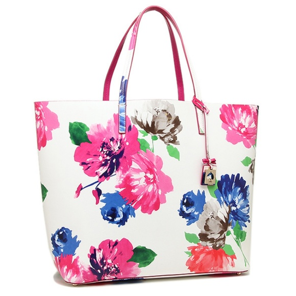 28dcc41a90a Kate Spade Handbags - Kate Spade Turn Over A New Leaf large floral tote.